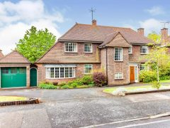 3 bed detached house for sale
